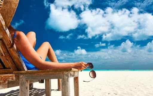 Prendere il Sole in Spiaggia
