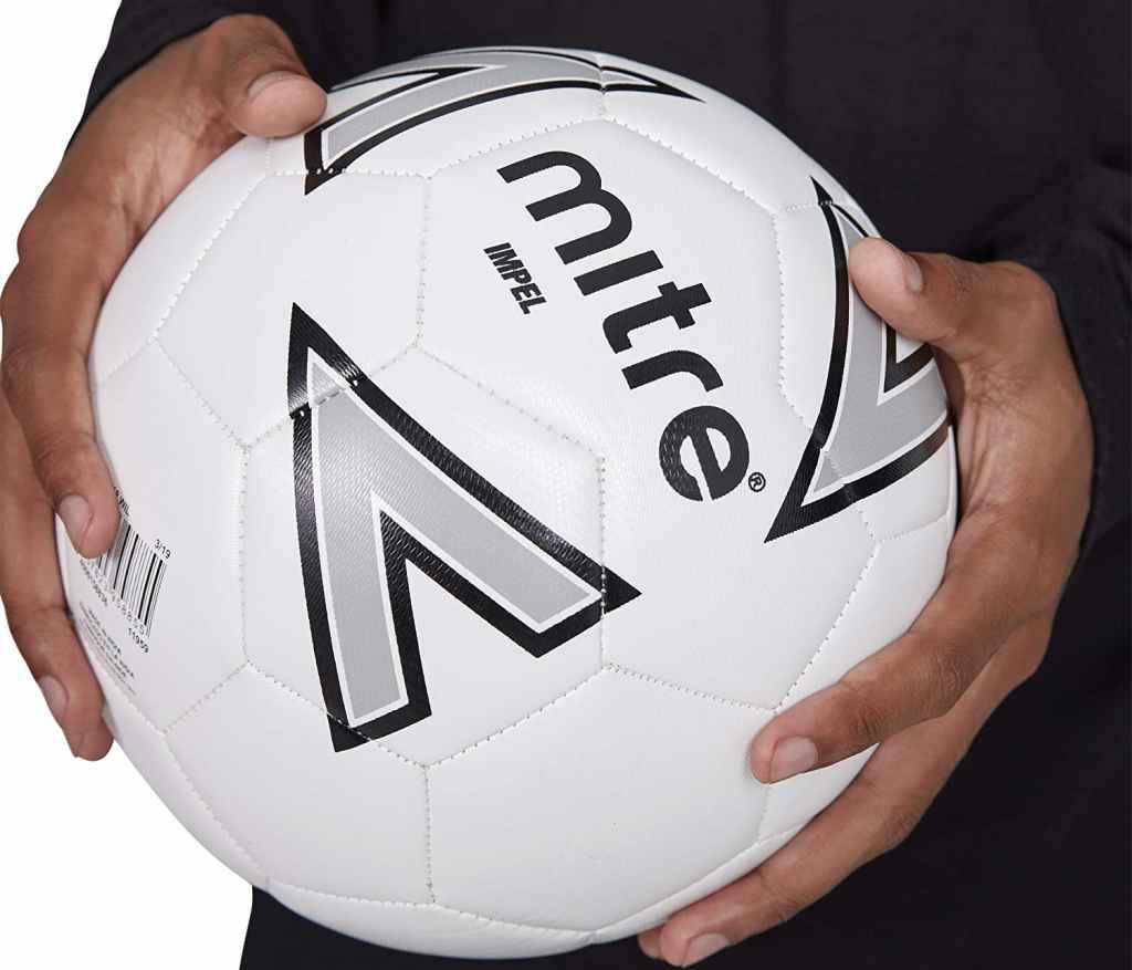 Pallone da Calcio di Taglia 5 per Adulti